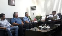 Mimarlar Odası Başkanı ve Yönetim Kurulu Üyeleri, Bayındırlık ve Ulaştırma Bakanı Sn. Ahmet Kaşif ile görüştüler.